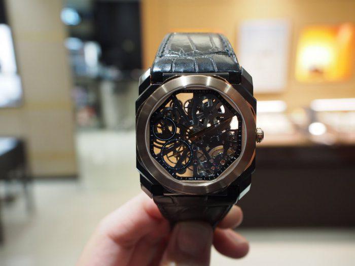 芸術的で豪華な時計と優雅な時間を「ブルガリ オクト フィニッシモ スケルトン」-BVLGARI -P2280258-700x525