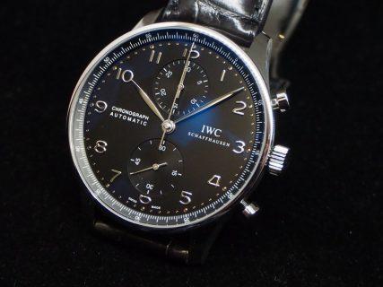 休日もオシャレに楽しむビジネスマンにおすすめの時計「IWC ポルトギーゼ クロノグラフ」