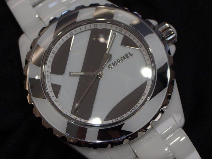 シャネルの時計を買うなら限定モデルを狙え!! 世界1200本限定「J12 アンタイトル」-CHANEL スタッフのつぶやき -P4060634-700x525