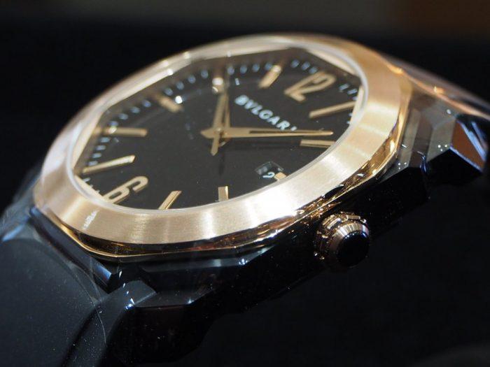 夏の腕元を華やかに。ラバーベルトの時計「ブルガリ オクト オリジナーレ」-BVLGARI -P4090689-700x525