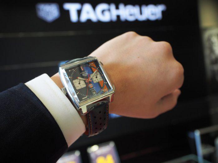 レーシングウォッチの古典的名作が誕生50周年を迎える!タグ・ホイヤー モナコ-TAG Heuer -P4150777-700x525