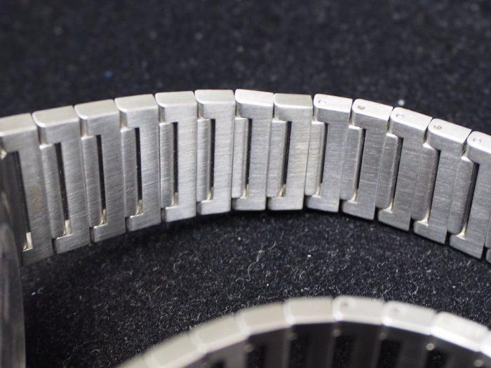 クールなグレー文字盤と18Kピンクゴールドを使用したエレガンスな時計「ブルガリ オクト ローマ」-BVLGARI -P4180023-700x525