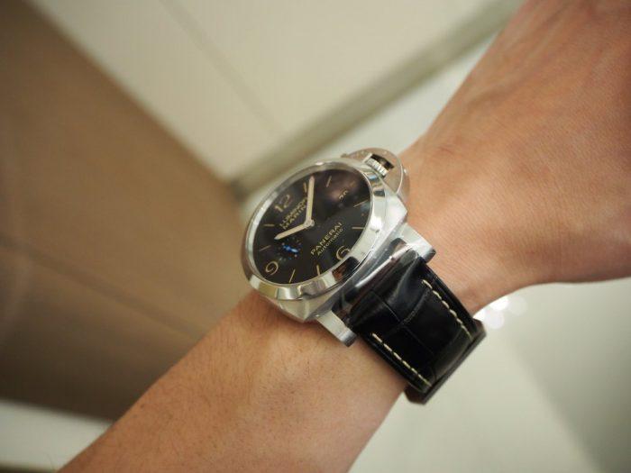 パネライの一番人気モデル PAM01312「ルミノール マリーナ 1950 3デイズ オートマティック アッチャイオ」-PANERAI -P4230031-700x525