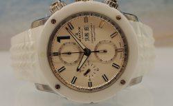 ホワイトカラーの腕時計を着けよう! / エドックス クロノオフショア1 クロノグラフ