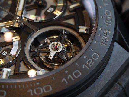 常識を覆した時計!!タグ・ホイヤーが本気を出すとこうなります!!