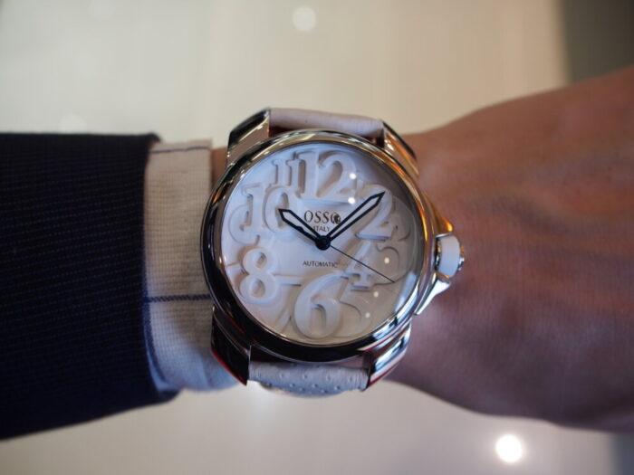 真っ白な腕時計!オッソイタリィの新作ドミナーレが入荷!!-OSSO ITALY -P6060078-700x525