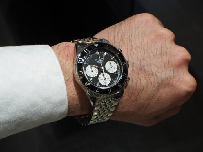 オウタヴィア ~ 1960年当時を彷彿とさせるヴィンテージウォッチ-TAG Heuer -P6140051-700x525