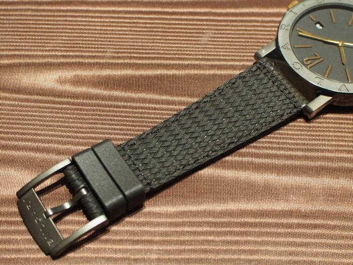 高級感のあるラバーストラップの時計「ブルガリ ブルガリ」-BVLGARI -P7130037-700x525