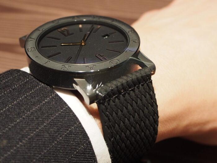 高級感のあるラバーストラップの時計「ブルガリ ブルガリ」-BVLGARI -P7130041-700x525