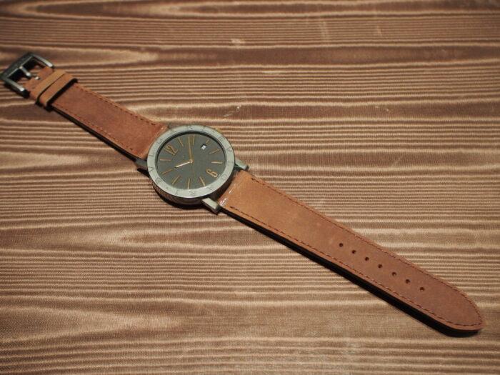 高級感のあるラバーストラップの時計「ブルガリ ブルガリ」-BVLGARI -P7130047-700x525