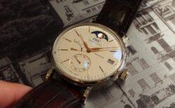 普通のシンプル時計には満足できないあなたへ。IWC「ポートフィノ・ハンドワインド・ムーンフェイズ(IW516401)」