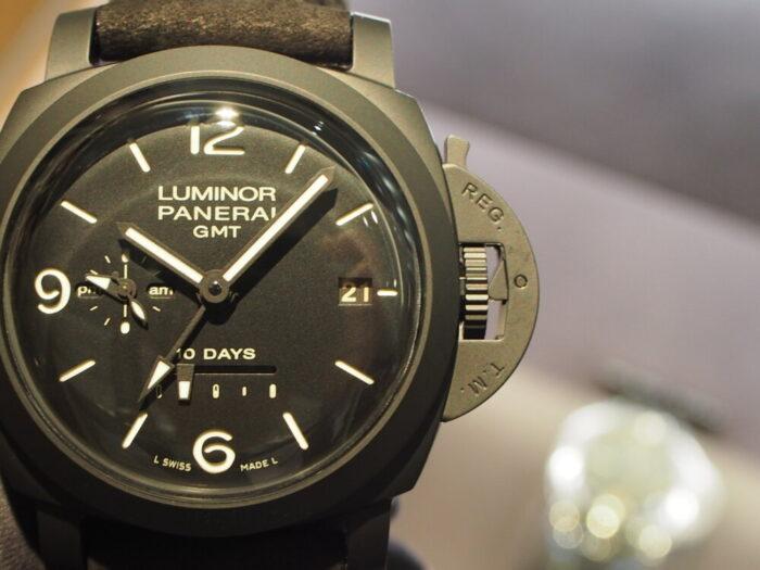 オールブラックの重鎮 パネライ「ルミノール GMT 10デイズ」-PANERAI -P9220608-700x525