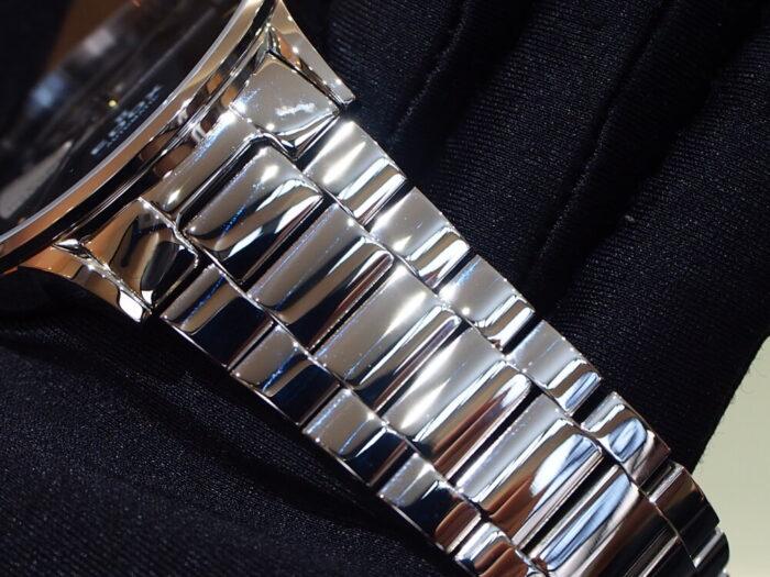 10万円台で手に入る機械式時計!EDOX「レ・ヴォベール オープンハート オートマティック」-EDOX スタッフのつぶやき -P9230636-700x525