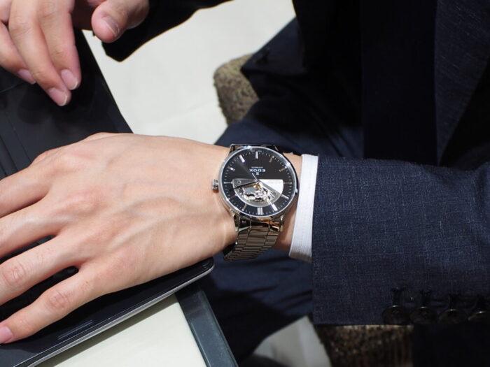 10万円台で手に入る機械式時計!EDOX「レ・ヴォベール オープンハート オートマティック」-EDOX スタッフのつぶやき -P9230642-700x525
