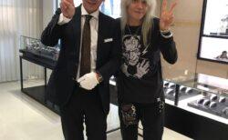 """結成35周年を迎えるロックバンド""""ZIGGY""""のボーカリストが来店!時計好きと判明!"""