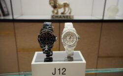 最新腕時計を正規店に見に行こう!シャネルJ12 ブラック・ホワイト