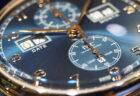スケルトンの文字盤にブルーが爽やかな「ホイヤー02 クロノグラフ 43mm」