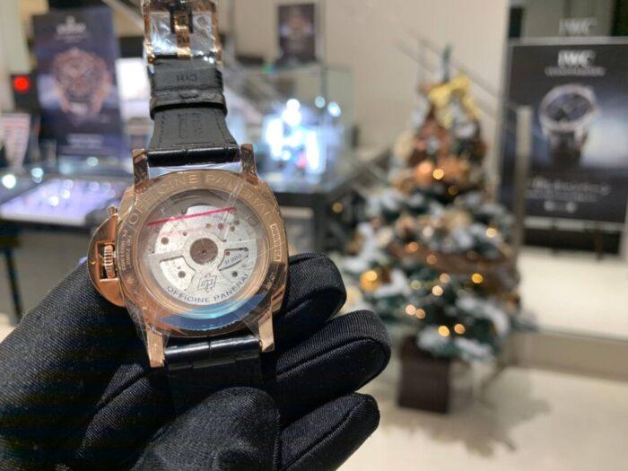 パネライらしさは残しつつ…。品格漂うゴールドテック「ルミノール ドゥエ 38mm」-PANERAI フェア・イベント情報 -timeline_20191126_184828-700x525