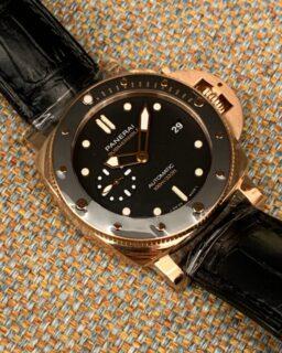 パネライ新作入荷!!サブマーシブルの金時計はスーツにも抜群に似合います!!PAM00974