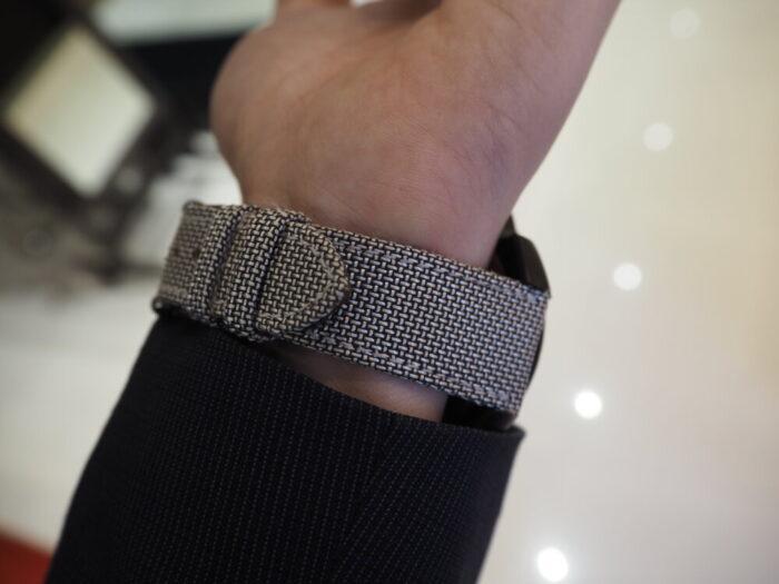 存在感のあるオシャレな時計。「オッソイタリィ ヴィゴローソ ラッフィナート」-OSSO ITALY -P1090306-700x525