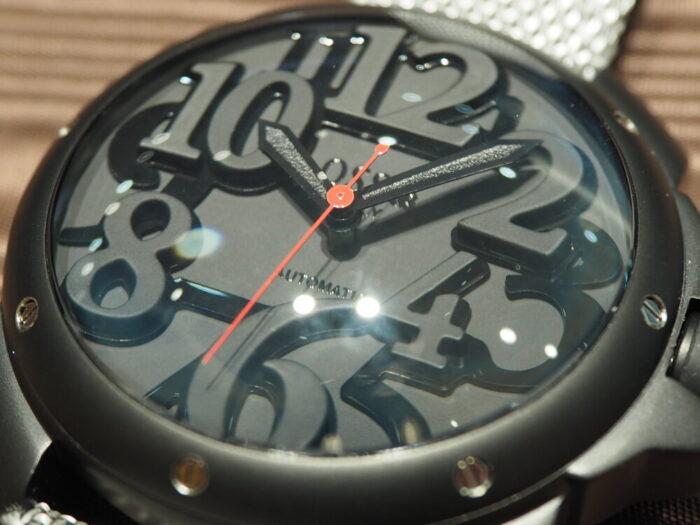 存在感のあるオシャレな時計。「オッソイタリィ ヴィゴローソ ラッフィナート」-OSSO ITALY -P1090310-700x525