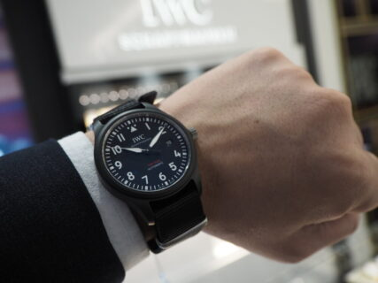 IWCの新作 パイロット・ウォッチ・オートマティック・トップガン が入荷です。
