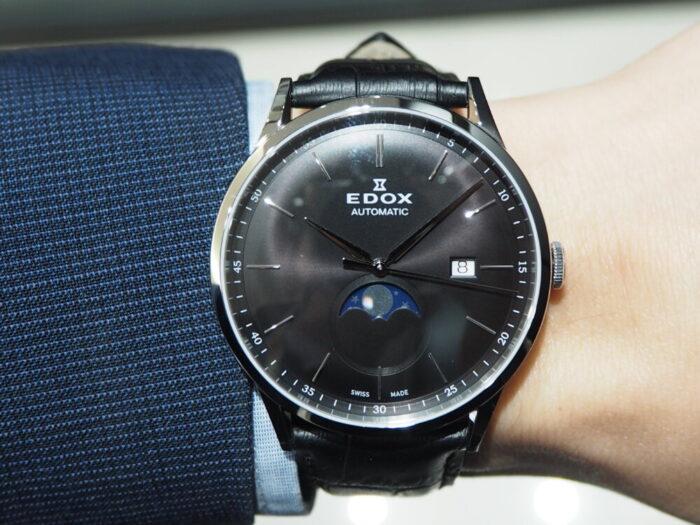 成人祝いにおすすめ。新社会人でも使える一生モノの時計「EDOX レ・ヴォベール ラ・グランデ・ルネ オートマチック」-EDOX -P1120357-700x525