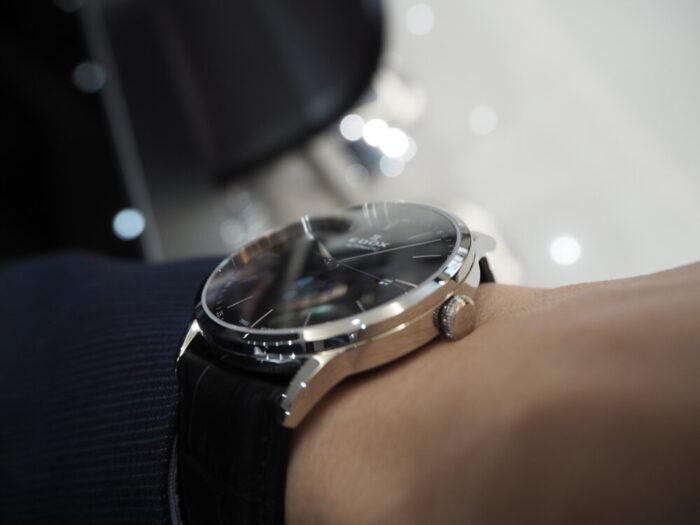 成人祝いにおすすめ。新社会人でも使える一生モノの時計「EDOX レ・ヴォベール ラ・グランデ・ルネ オートマチック」-EDOX -P1120358-700x525