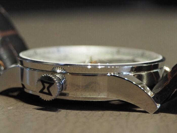 新社会人からの本格機械式時計「エドックス レ・ヴォーベル オープンハート オートマチック」-EDOX -P1210504-700x525