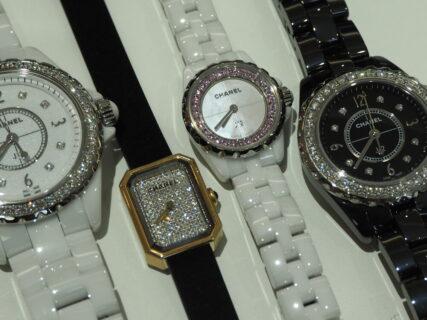 【CHANEL】ジュエリー感覚で着けられる時計が女性にはやっぱり人気です。