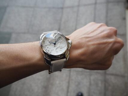 【オッソ イタリィ】さわやかおしゃれな白い時計「ドミナーレ」