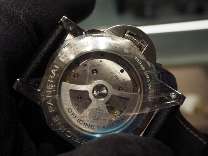 無骨な本格時計は腕に乗せてこそ本当の魅力を感じられます。パネライ ルミノール マリーナ1950 3デイズ-PANERAI -P5190021-700x525