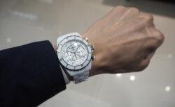 【シャネル】セラミック製の時計、J12はこれからの季節にぴったりです。「J12 クロノグラフ」
