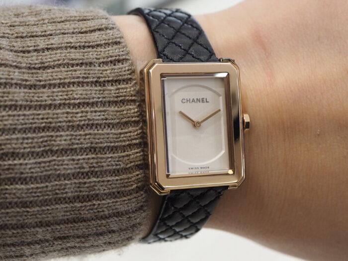 自分らしいスタイルを確立した女性の為の時計「シャネル ボーイフレンド」-CHANEL -PA150088-700x525