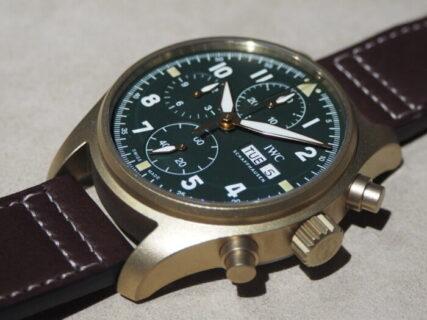 IWCの歴史ある時計を経年変化で楽しむ「パイロット・ウォッチ・クロノグラフ・スピットファイア」