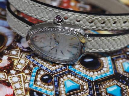 洗練された幸運のお時計「セルペンティ」
