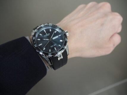 【EDOX】夏を楽しめるラバーストラップの時計「グランドオーシャン オートマチック」