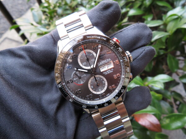 【タグ・ホイヤー】レーシング感を時計でも・・・「カレラ キャリバー16 クロノグラフ デイデイト」-TAG Heuer -IMG_0719-600x450