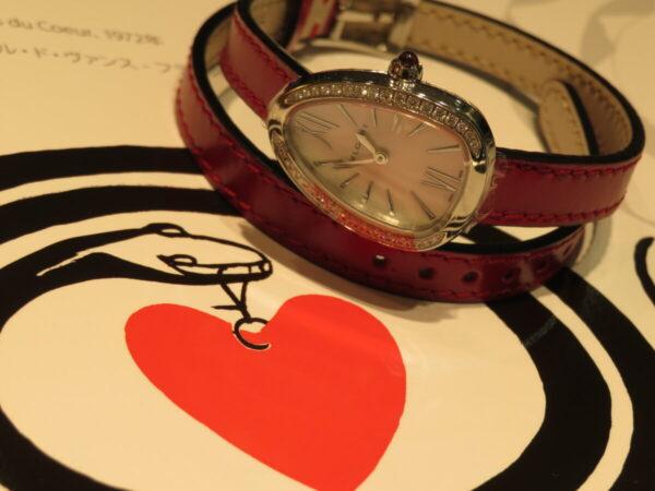 上品に仕上げた個性派時計…。ブルガリ「セルペンティ」-BVLGARI 鹿児島店からのお知らせ フェア・イベント情報 -IMG_1360-600x450