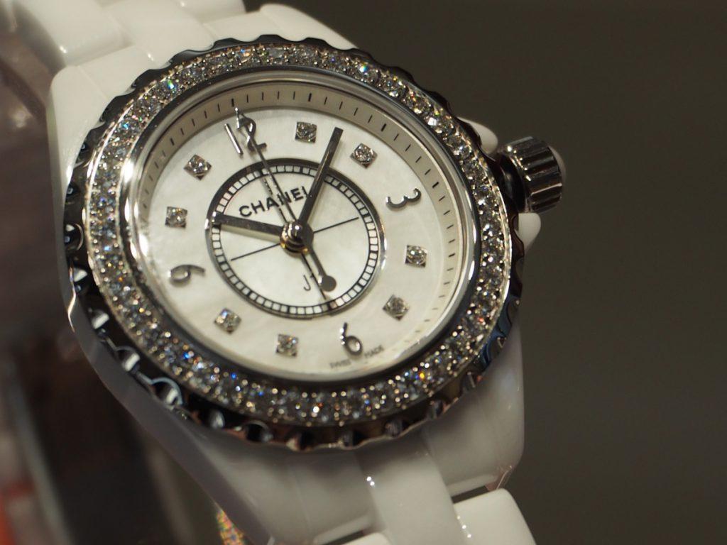 オオミヤ京都店にシャネルJ12ダイヤモンドモデル揃ってます!H2572-CHANEL -P8260030-1024x768