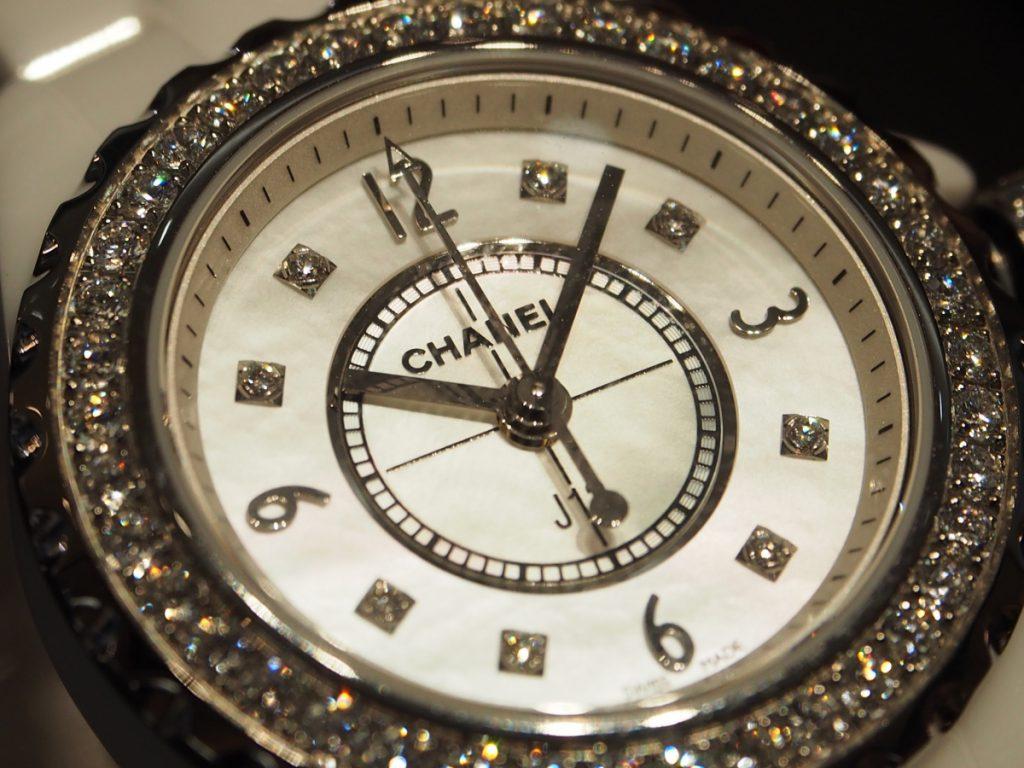 オオミヤ京都店にシャネルJ12ダイヤモンドモデル揃ってます!H2572-CHANEL -P8260035-1024x768