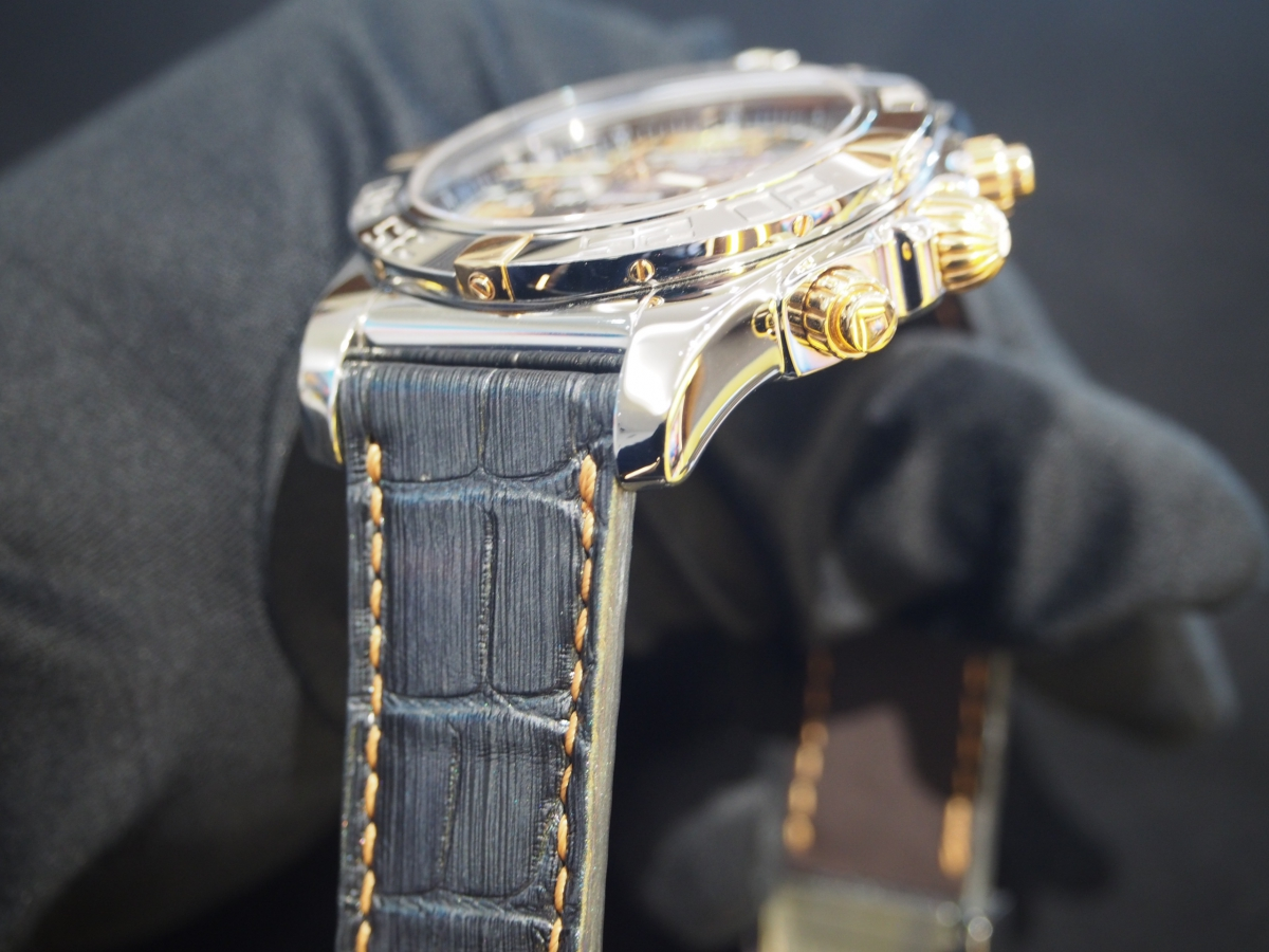BREITLING × Jean Rousseau  クロノマット44用にオーダーされました!