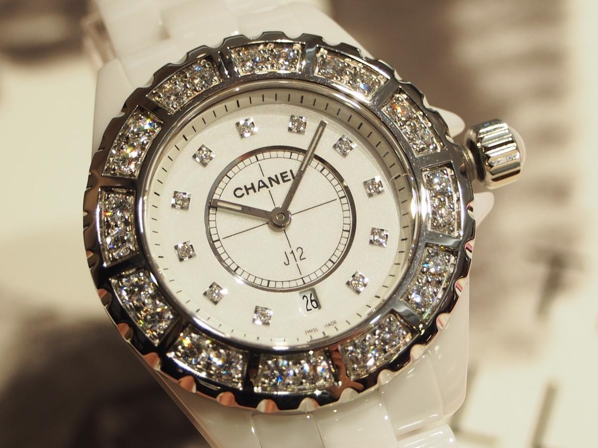 時間(とき)を刻む悦びを/シャネル J12 ホワイト セラミック ラージダイヤ
