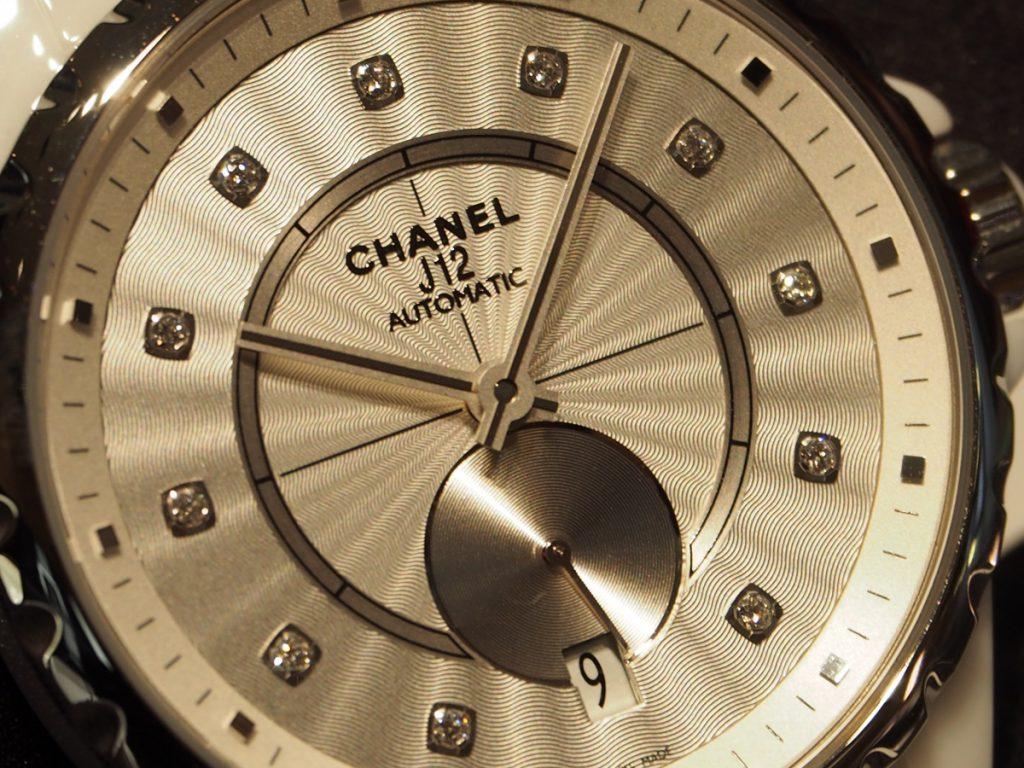 毎日の生活に少しだけ贅沢を✨シャネル/J12-365-CHANEL -PC120123-1024x768