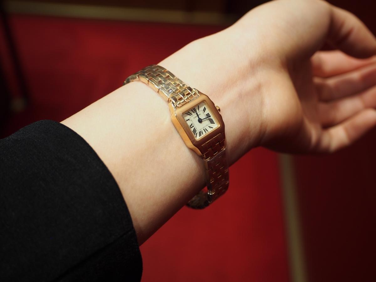 【Cartier(カルティエ)】フェミニンかつマスキュリンなゴールドウォッチ/サントス ドゥモワゼル