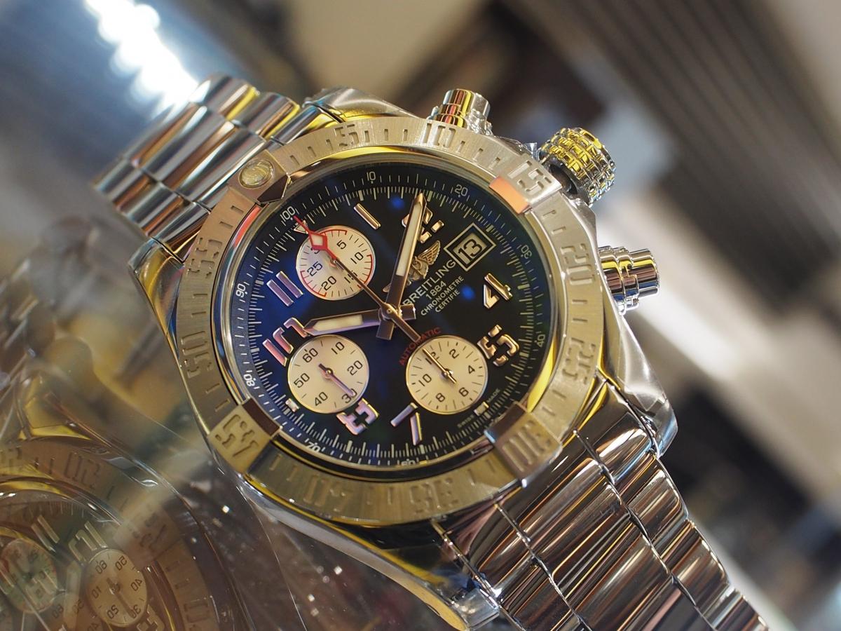 【BREITLING(ブライトリング)】時計の厚みはひとつの特色!/アベンジャーⅡ