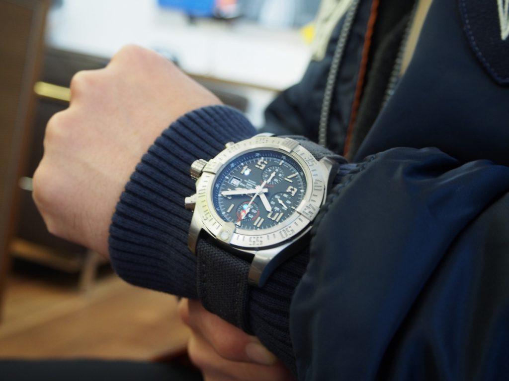 冬場の時計はこう着ける!肌寒くても腕元のオシャレはお忘れなく…-BREITLING CT Scuderia IWC PANERAI -P1170088-1024x768