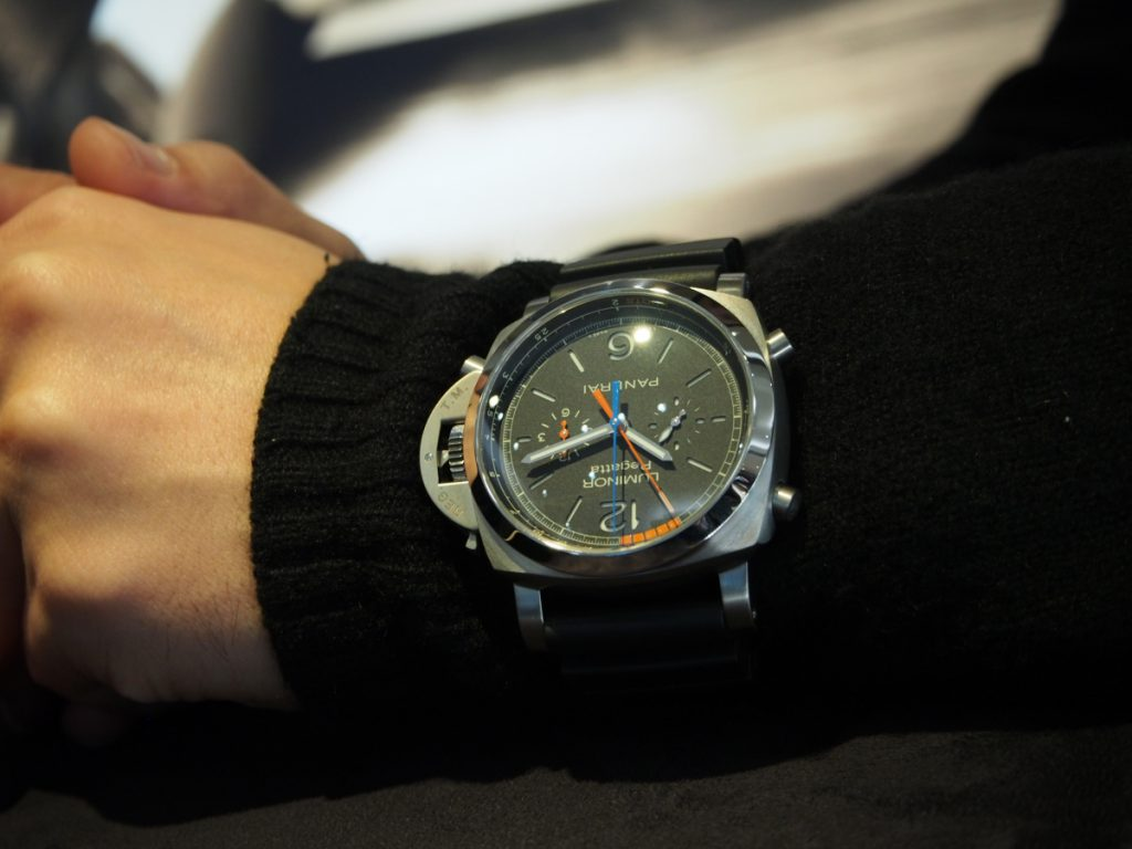 冬場の時計はこう着ける!肌寒くても腕元のオシャレはお忘れなく…-BREITLING CT Scuderia IWC PANERAI -P1170099-1024x768
