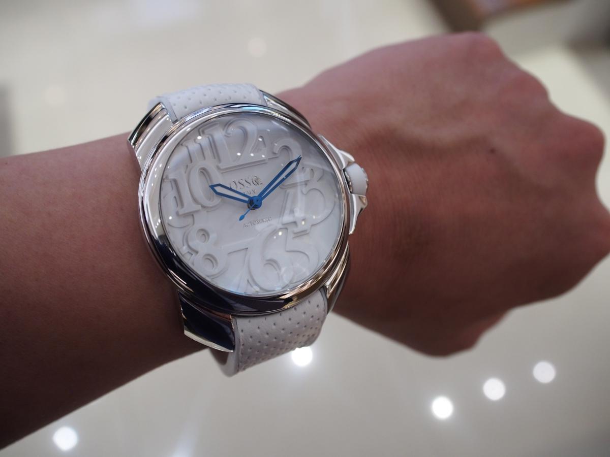 夏を存分に楽しむための時計!!ホワイトカラーのOSSO ITALY(オッソ イタリィ) / Vigoroso(ヴィゴローソ) BL-01