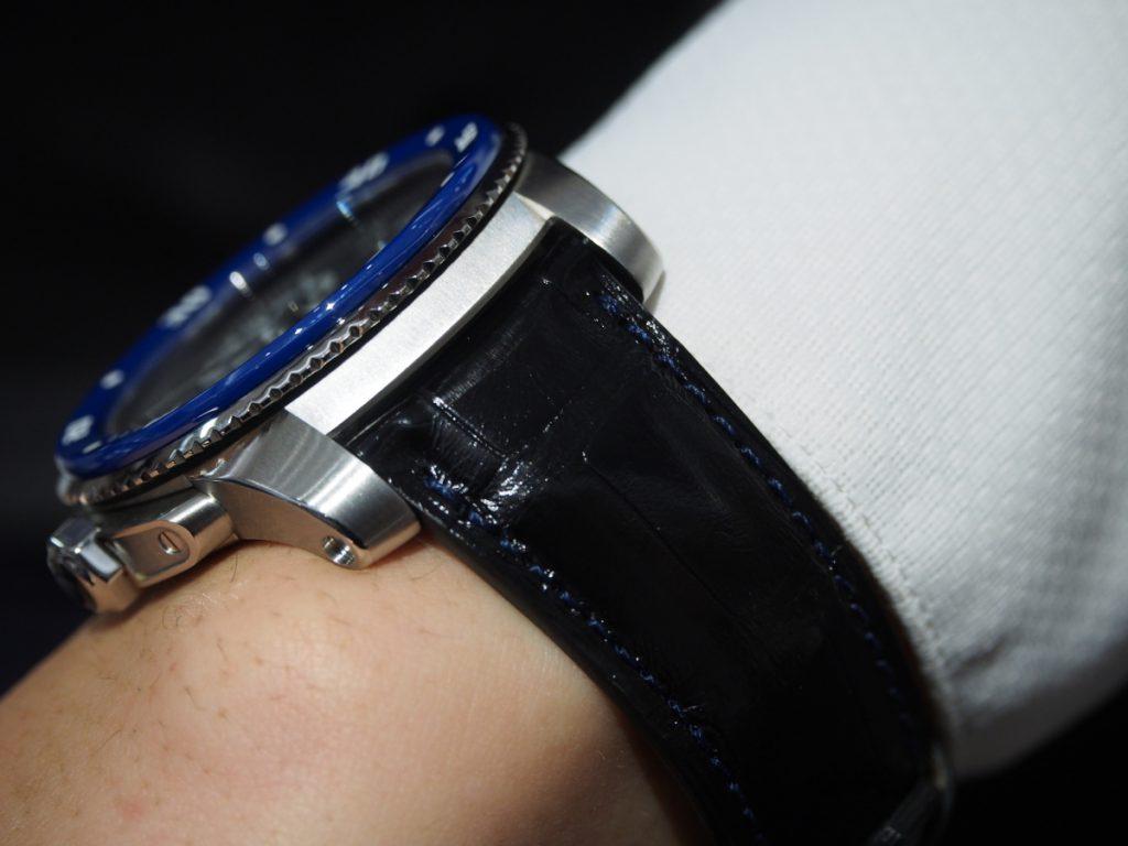 【Jean Rousseau(ジャン・ルソー)】華のあるカリブルダイバーにはパリッとシックなアリゲーターストラップを!-カルティエ用 Cartier(取扱い終了) ジャン・ルソー オーダーストラップ oomiya京都店のお客様 -PA241936-1024x768
